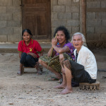 People of Nong Khiaw